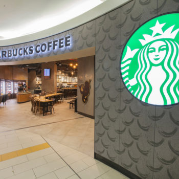 Starbucks. South Terminal. Gatwick Airport,Photo: Zute Lightfoot
